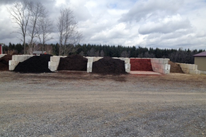 Multiple options of mulch at Scenic View Greenhouse in Rushville, NY